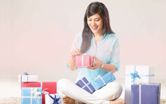 What Gifts to Choose When Buying Corporate Gifts?
