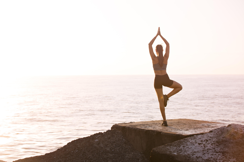 early morning yoga benefits