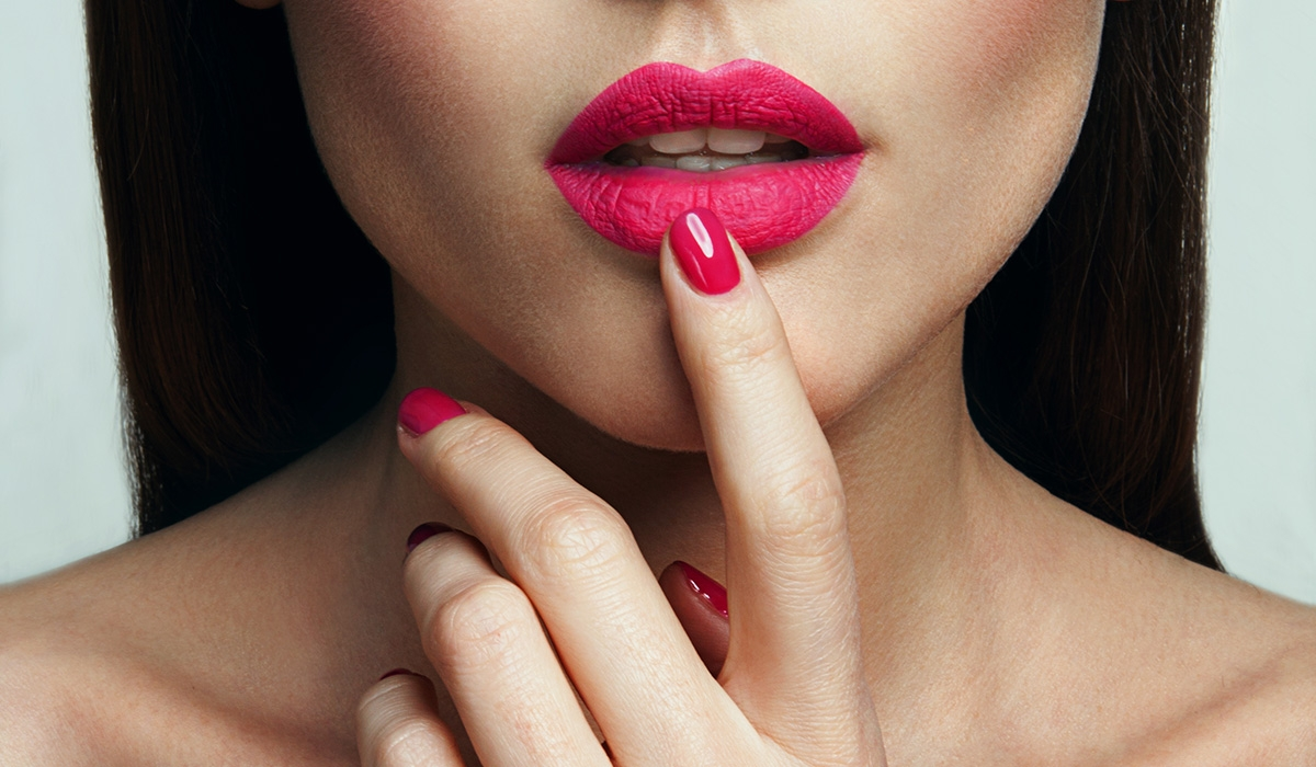 5 LIP STAINS PERFECT FOR WINTERS from revlon