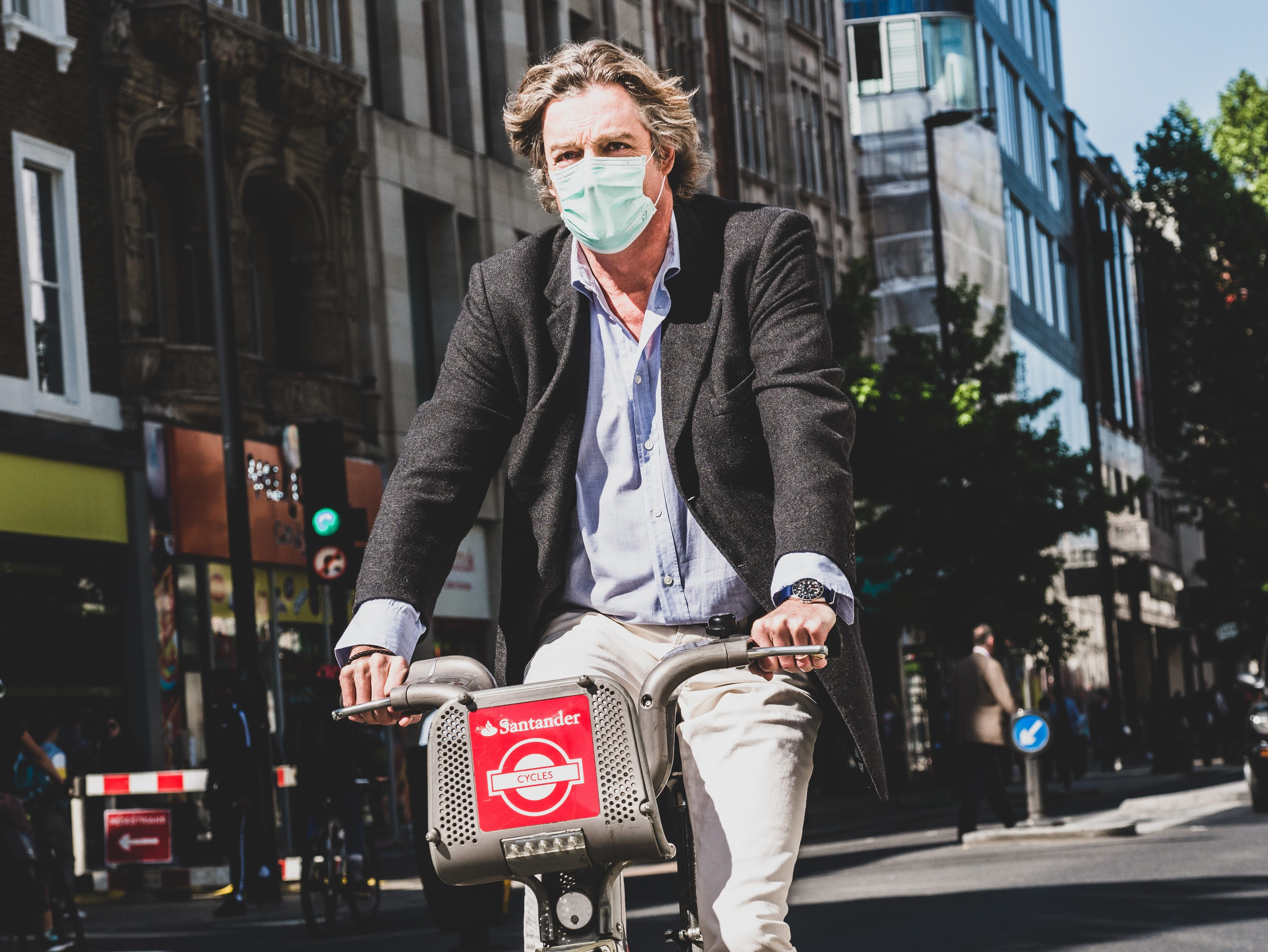 Impact of Indoor Air Pollution in Your Office and 4 Ways to Stay Healthy