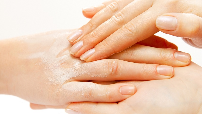 Ultimate Tips for Dry and Rough Hands