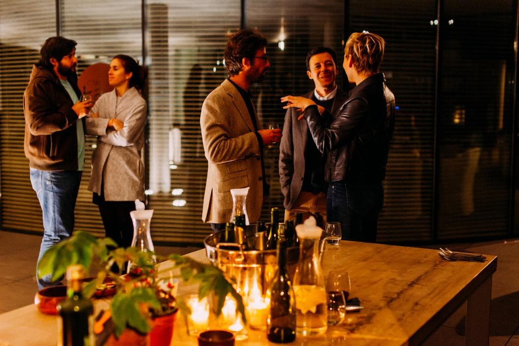 A Stress-Free Housewarming Party