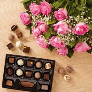 anniversary gifts for wife - flowers and chocolates