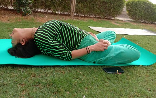 The Amazing Matsyasana: The Ultimate posture for Back ache and Thyroid problems